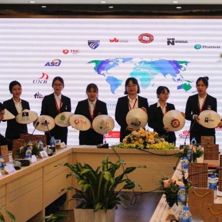 Vatel Hanoi (FTU) Global Networking Event & MOU Signing Ceremony - Vatel