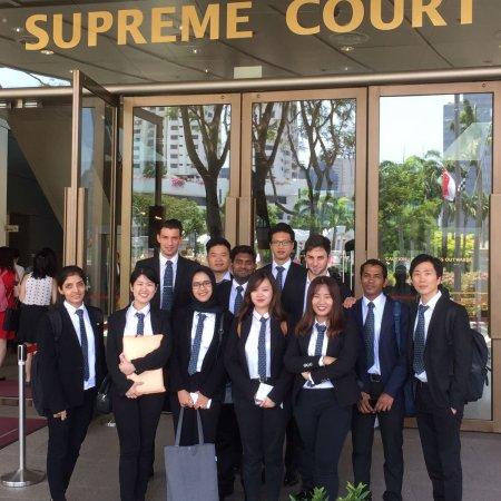 Vatel Singapore Exploring the Supreme Court with VATEL students