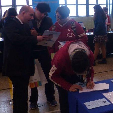 Vatel Argentina Ferias Estudiantiles en Colegios Secundarios