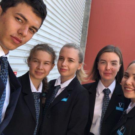 Vatel Россия Стажировка студентов 1 курса в Ниме 2018