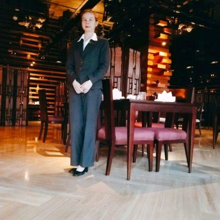 Vatel Россия Студентка 2 курса Шомахмадова Аниса успешно проходит стажировку в Китае!