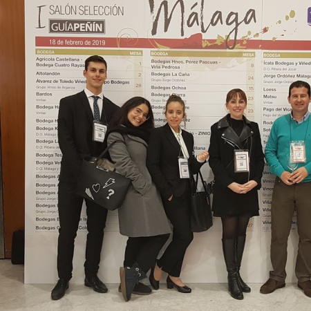 Alumnos Vatel en el I Salón Selección Málaga de la Guía Peñín