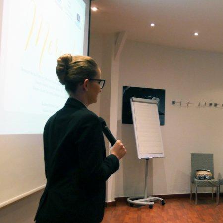 Présentation des rapports de stage des étudiants Bachelor II : l'aisance orale, une nécessité professionnelle inhérente aux métiers de l'hôtellerie et du tourisme