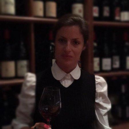 Annabelle Mispelblom Beijer transmet avec passion son amour du vin aux étudiants de Vatel Bordeaux