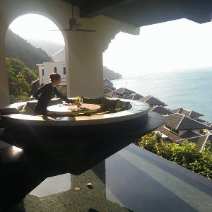 Vatel Switzerland My Marco Polo year in Vietnam: an internship in a five-star hotel in Danang