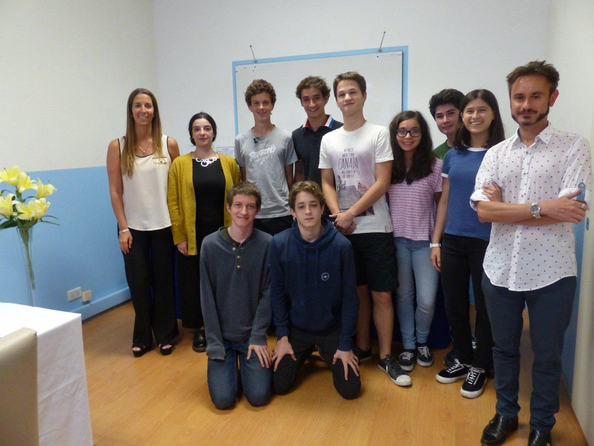"""Visita de alumnos y profesores del Liceo Francés """"Jean Mermoz"""""""