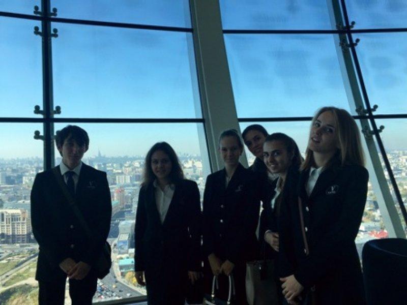 Vatel МОСКВА (Moscow) - Студенты первого курса набор 2015 на профессиональной экскурсии в гостинице швейцарской сети