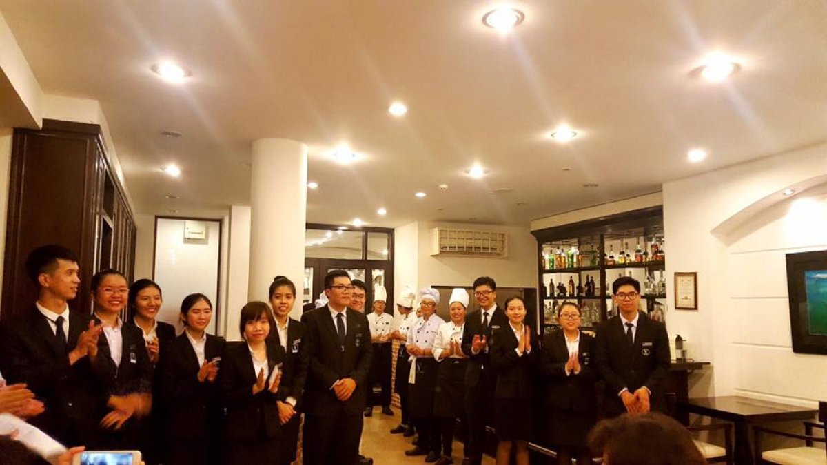 Vatel Ho Chi Minh - MA&B1-2017 Classes - Final Food & Beverage Exams  - 6