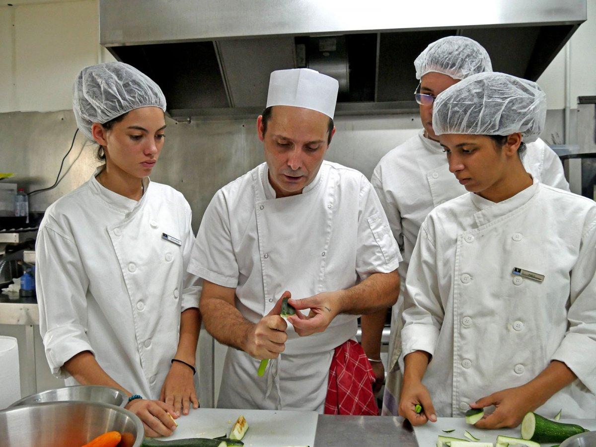Vatel La Réunion - Evaluation en Travaux Pratiques 03/02/08 - 61