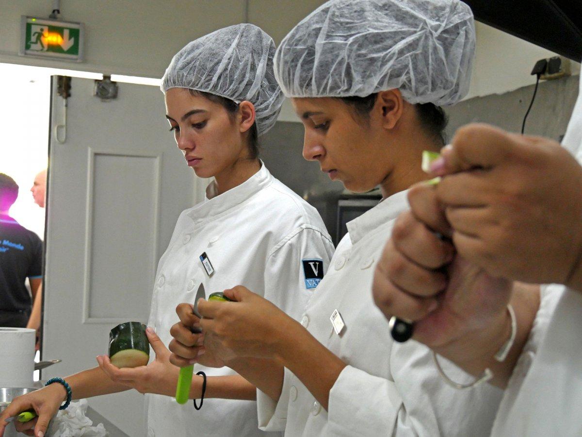 Vatel La Réunion - Evaluation en Travaux Pratiques 03/02/08 - 57