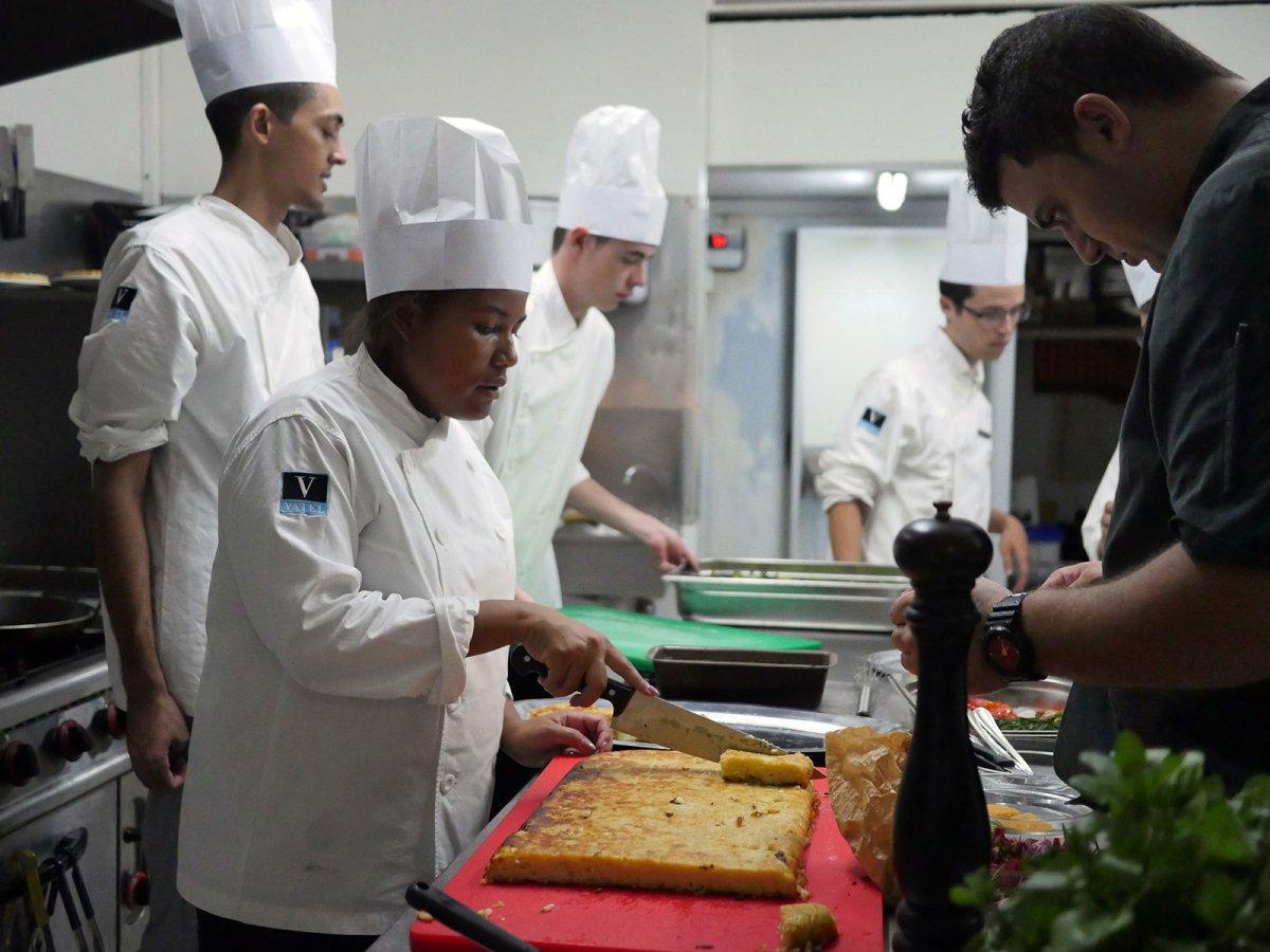 Vatel La Réunion - Evaluation en Travaux Pratiques 10/02/08 - 5