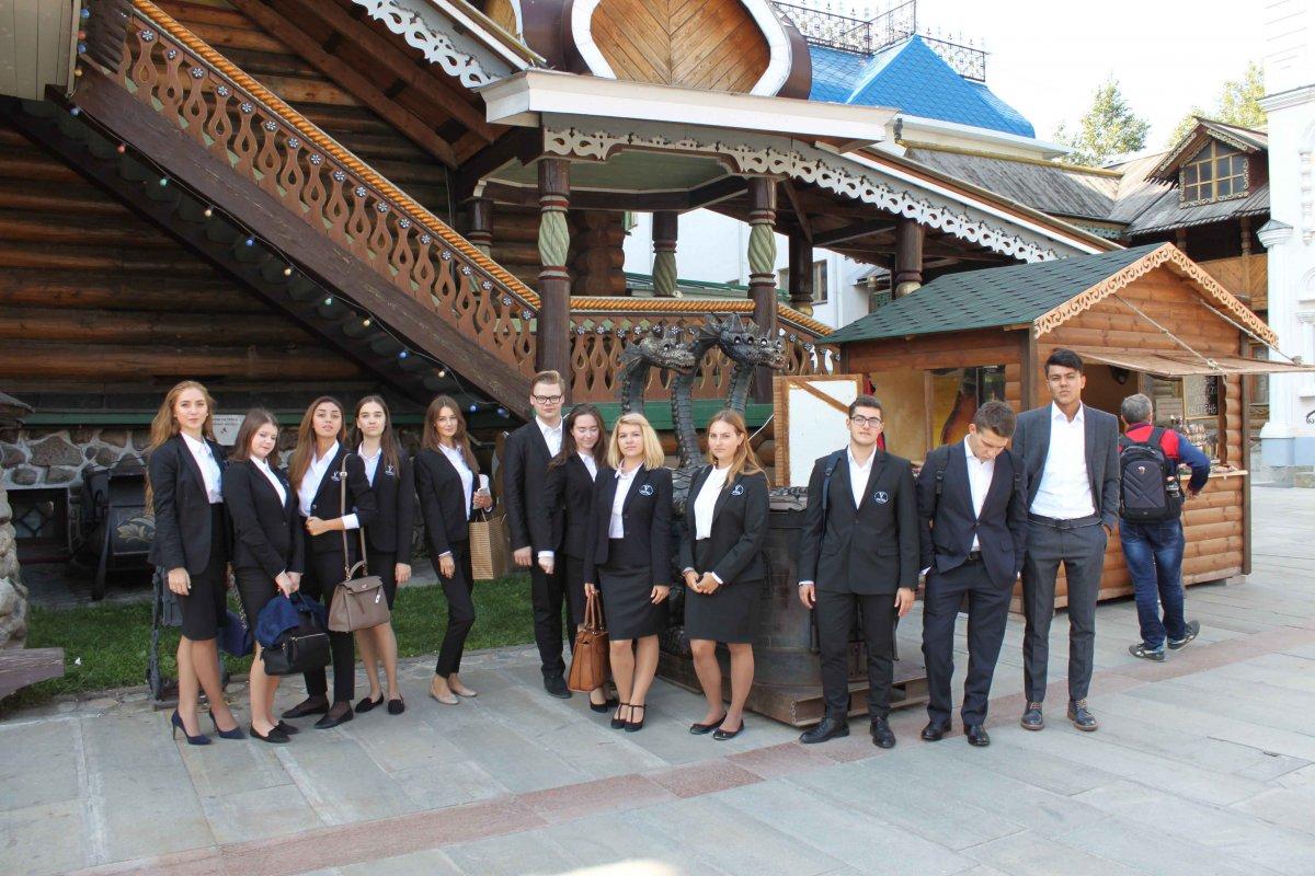 Vatel МОСКВА (Moscow) - Студенты первого курса набор 2017 - 19